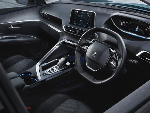 /image/07/9/new-5008-suv-interior-design.233900.312079.jpg