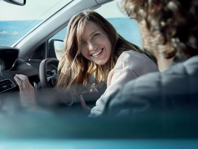 /image/09/3/new-5008-suv-comfort-interior.312093.jpg
