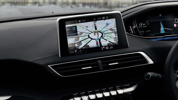 /image/09/7/new-5008-suv-navigation-interior-driving-experience.312097.jpg